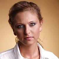 Pin portrait-jewelry-maria-filipescu
